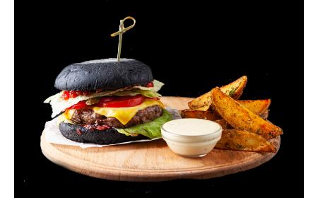 "Бургер из говядины ""Black Beef BBQ"" (360/120/50 г)"