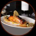 Филе лосося запеченное в глазури из винограда